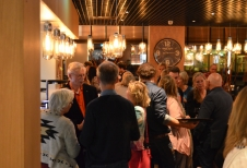 Gezellige borrel in Grand Cafe Cineac